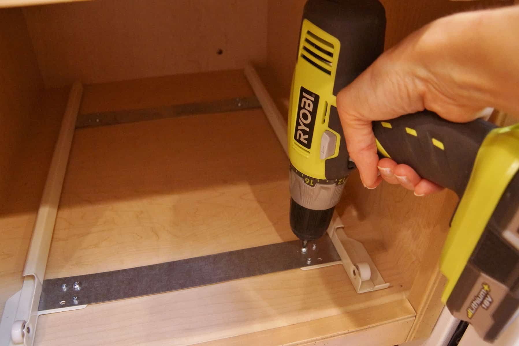 Kitchen Cabinet Rolling Shelves How To Build Pull Out Shelves For Kitchen Cabinets Kitchen