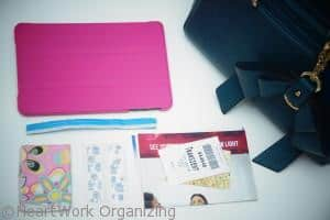 how I safely organize my ipad in my purse
