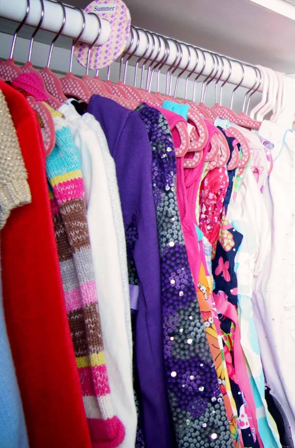 Organize Clothes In A Childu0027s Closet