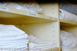 label a linen closet