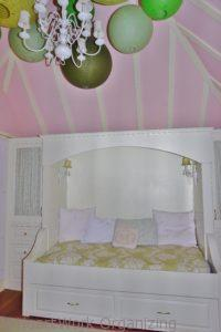daybed home staging