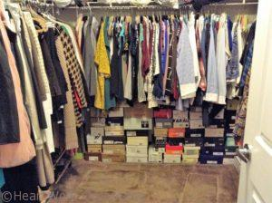 Use Rectangular Utility Tote Bags to Organize Your Closet - walk in closet