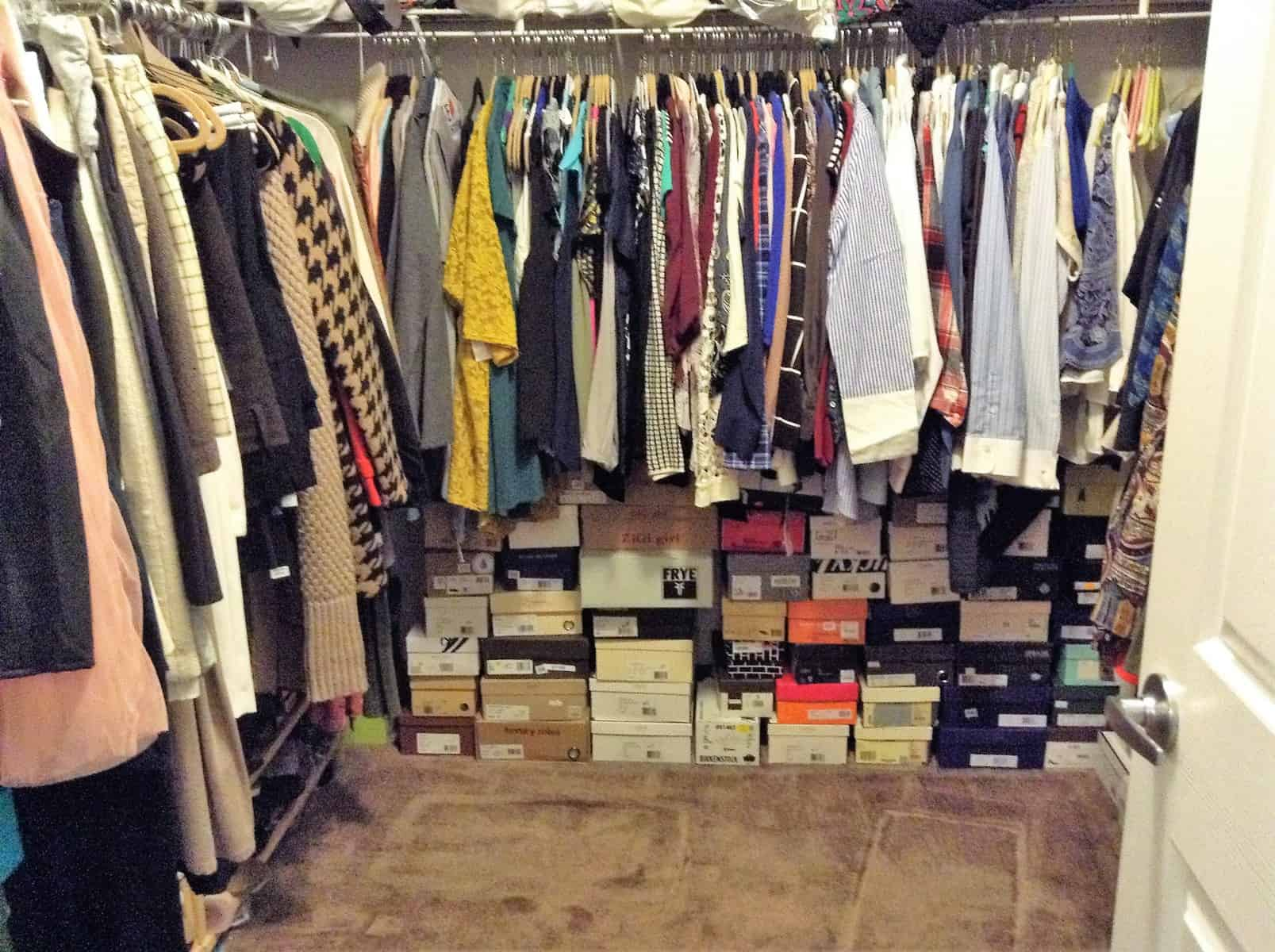 Use Rectangular Utility Tote Bags To Organize Your Closet Walk In