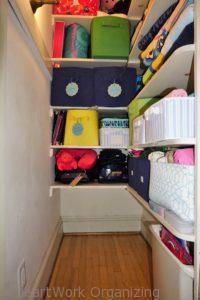 how to organize the linen closet