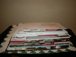 Read more about the article Merry Mail, Or 5 Ways to Organize Mail During the Holidays