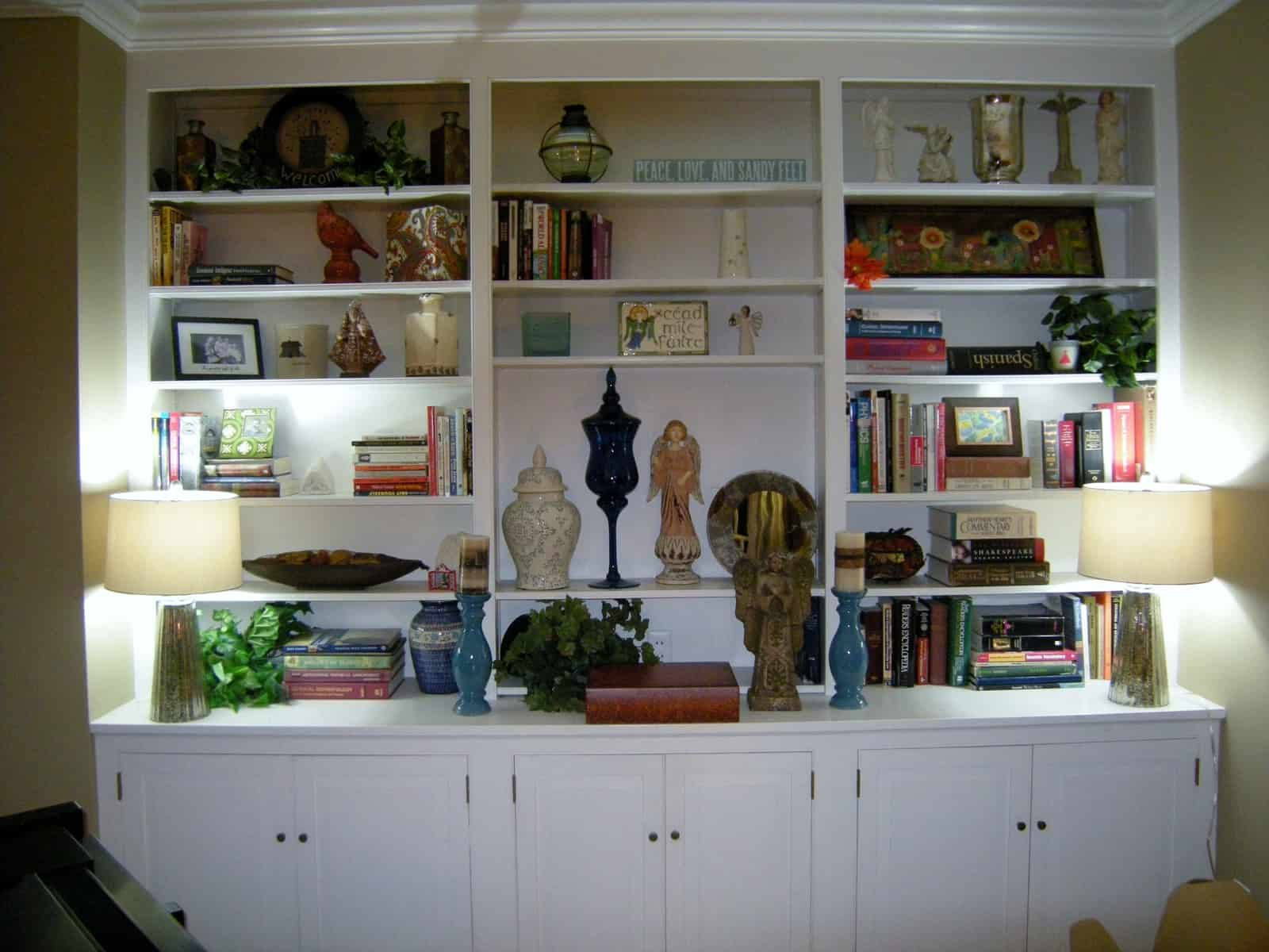 how to decorate bookcases after