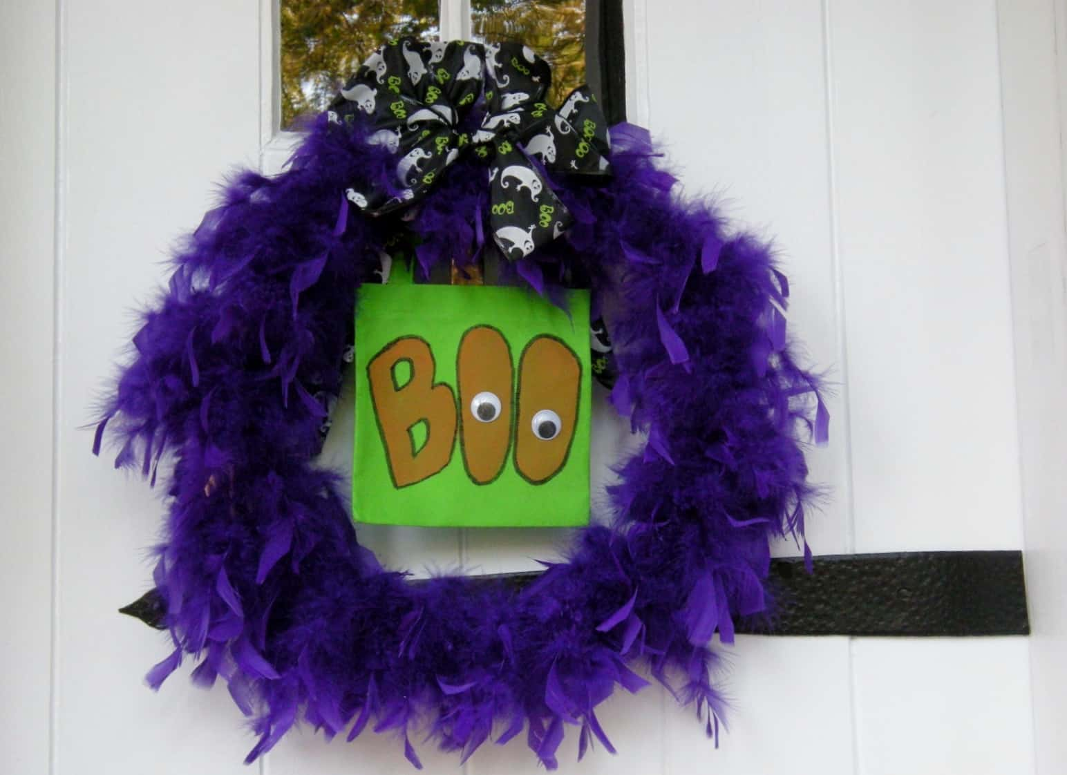 Easy And Un Scary Halloween Decorations