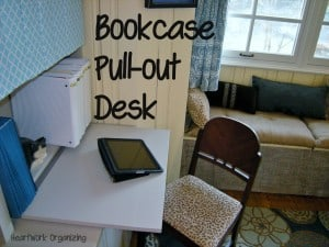 Read more about the article Home Office Bookcase Makeover and Pull-Out Desk Super Powers {Decorator's Home Office Makeover}