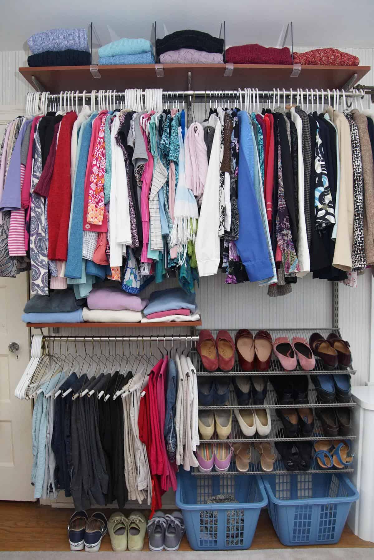 Organizing the Master Closet {11 Closet Tips}