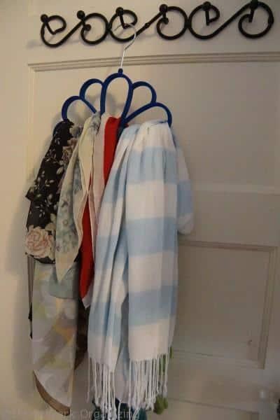 Closet organizing (8)