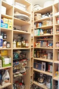 Read more about the article Another Organized Pantry