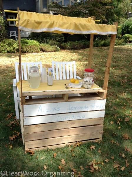 awning for pallet lemonade stand