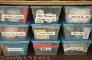 Read more about the article Super Organized Bathroom Linen Closet