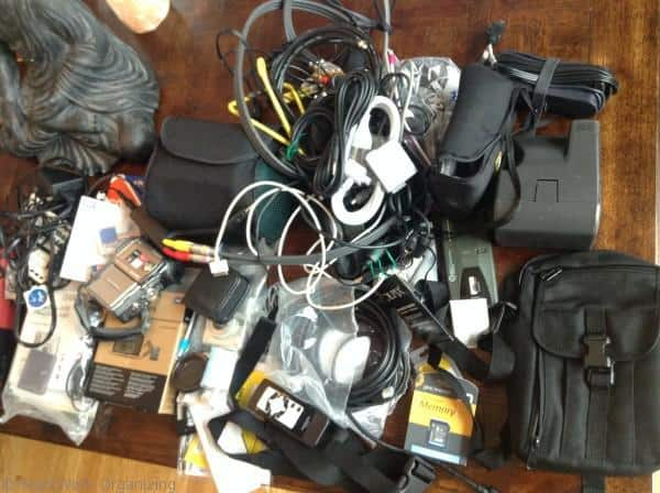 Tame your Tech- How to Organize and Electronic Mess