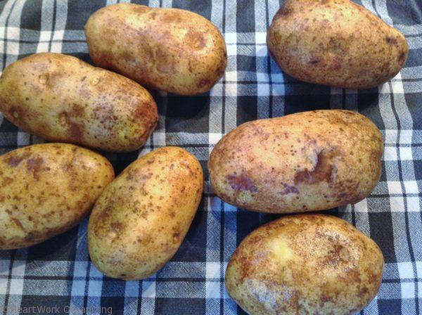 clean slow cooker baked potatoes