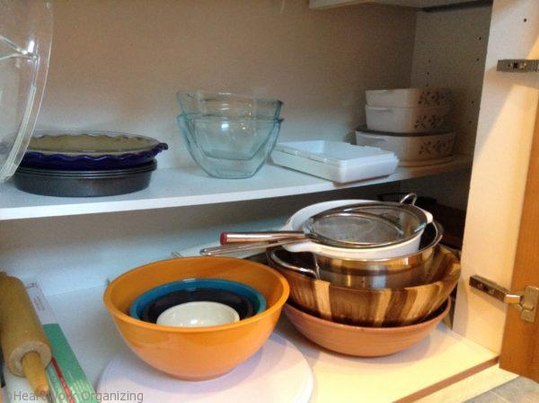 organizing kitchen cabinet -after