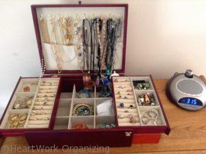 Read more about the article Jewelry Organizing (With SORT and SUCCEED)