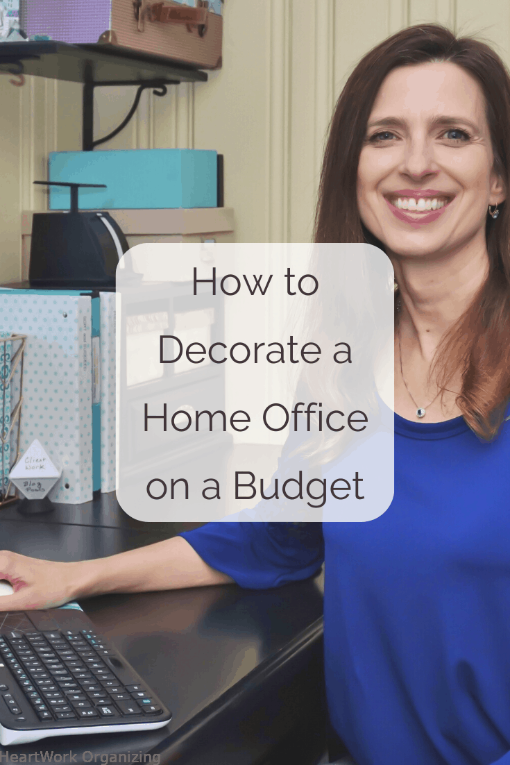 Read more about the article How to Decorate a Home Office on a Budget