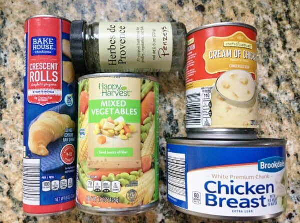 ingredients for quick and easy chicken pot pies