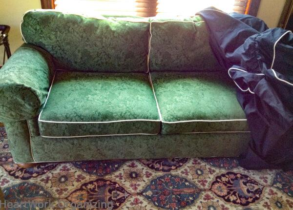 Slipcover couch green-before