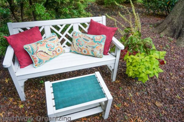How to Paint Patio Cushions and pillows after
